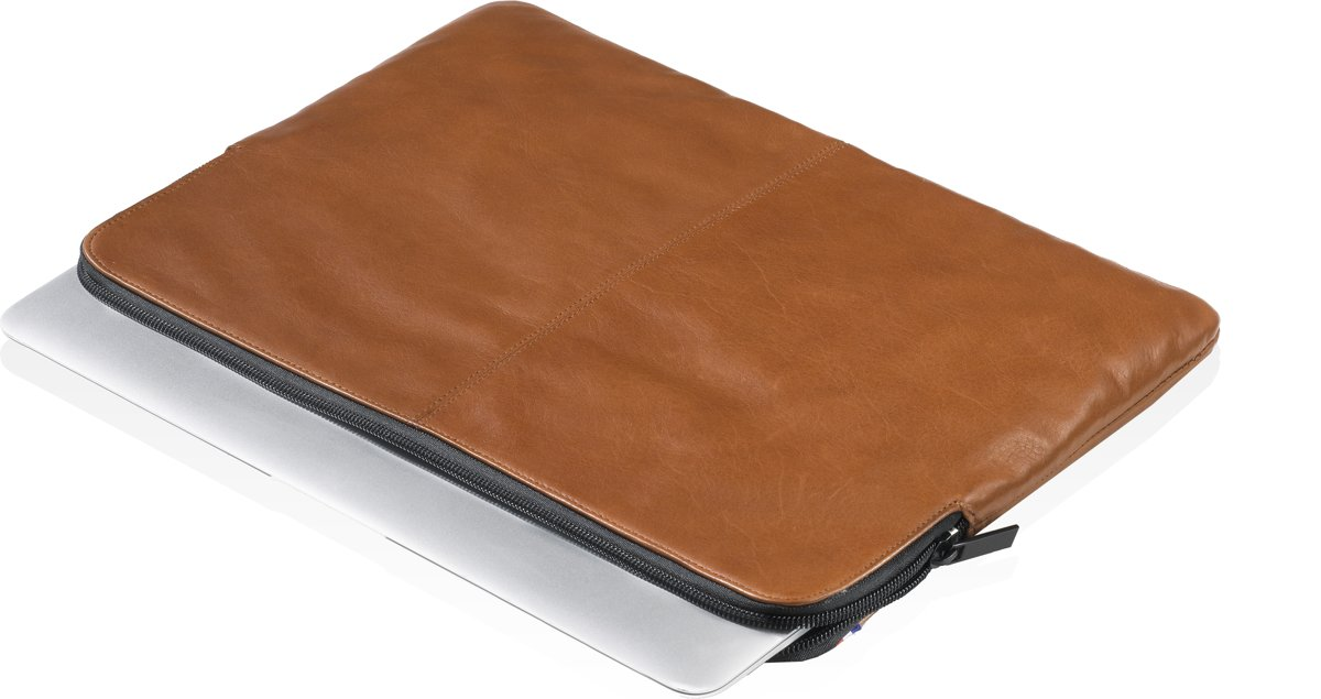 Decoded Leather Slim Sleeve 11 inch Bruin