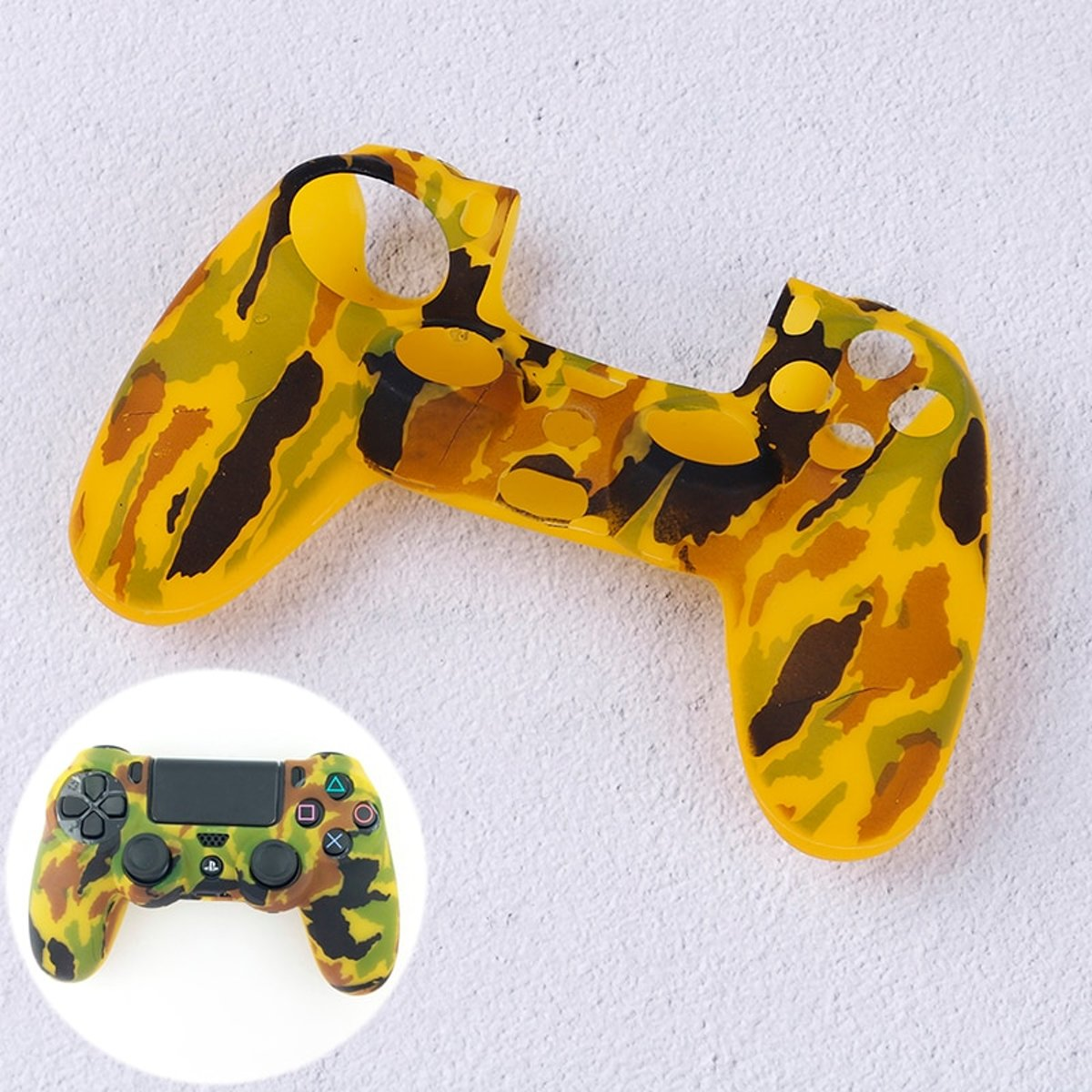 PS4   Protector Siliconen - Camouflage Army Geel -