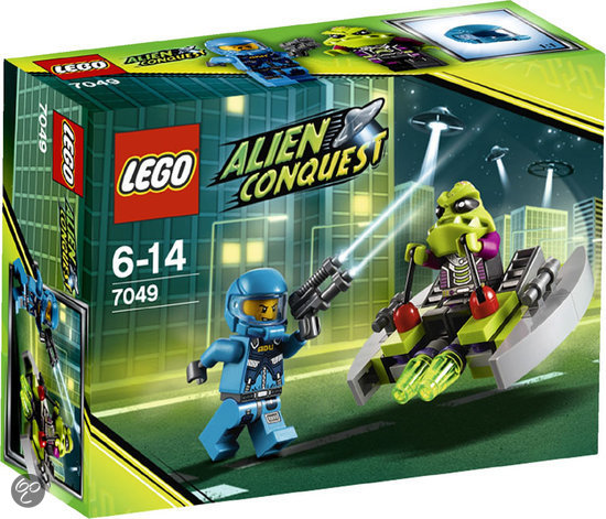 LEGO Alien Conquest Alien Speeder - 7049