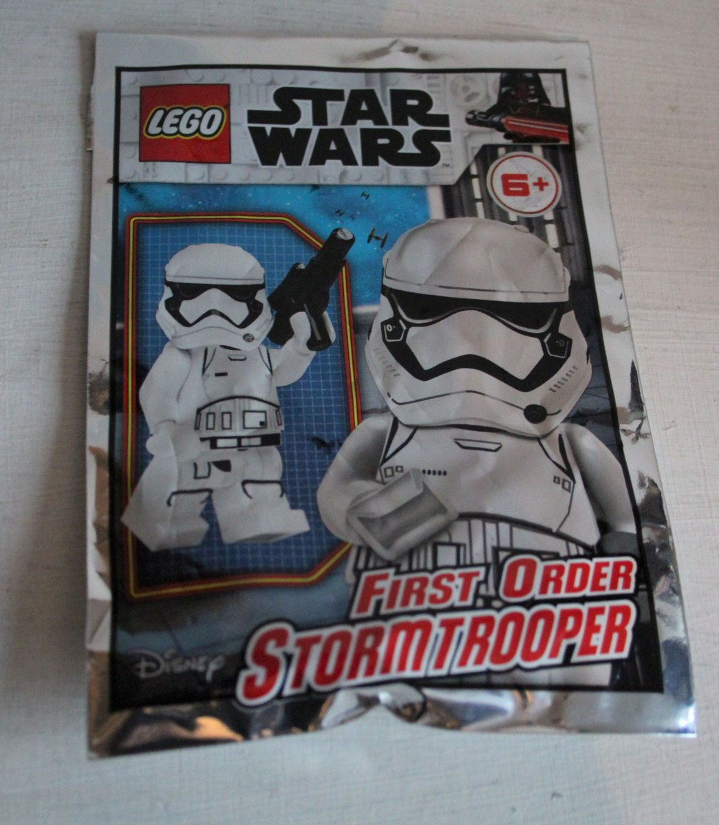 Lego Star Wars Mini Figure - FIRST ORDER STORMTROOPER (polybag)