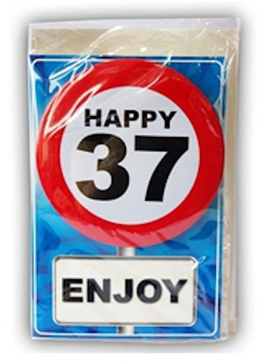 Happy Birthday kaart met button 37 jaar