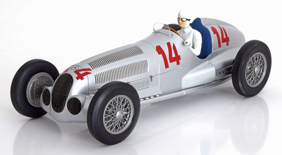 Minichamps - Mercedes-Benz W125 Daimler-Benz -Limited 300 pcs. - Manfred v. Brauchitsch - 2ND Place GP Von Deutschland 1937 - 1:18 Zilver