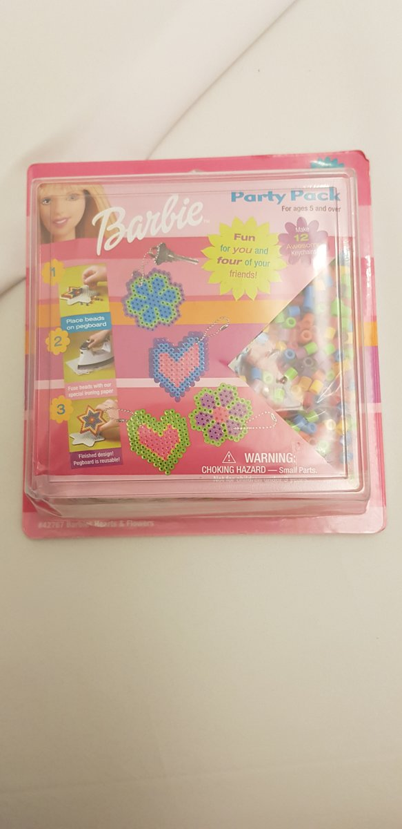Barbie DIY parels party pack