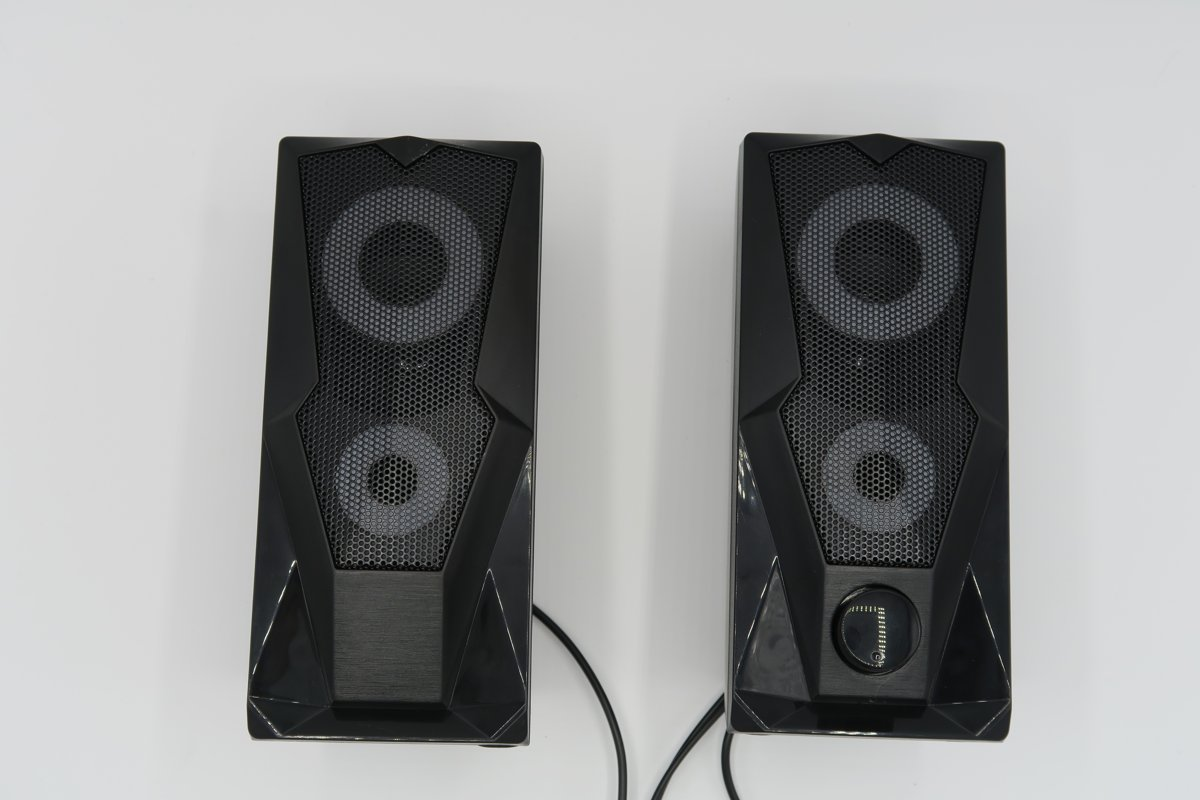 Battletron Gaming Boxen - Speakers met LED - 7 Kleuren LED - Usb aansluiting + Jacks - Inclusief kabels